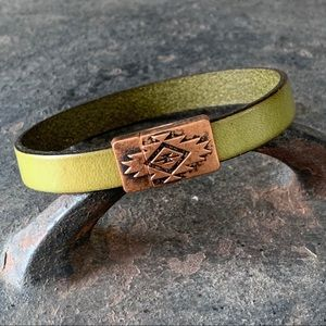 Unisex Leather Bracelet with Magnetic Clasp
